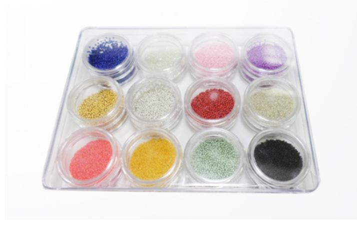 Kit Caviar Magic Nails: cartela vem com 12 cores