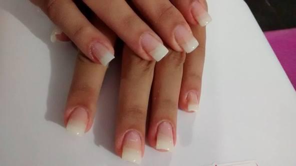 unhas de porcelana magic nails